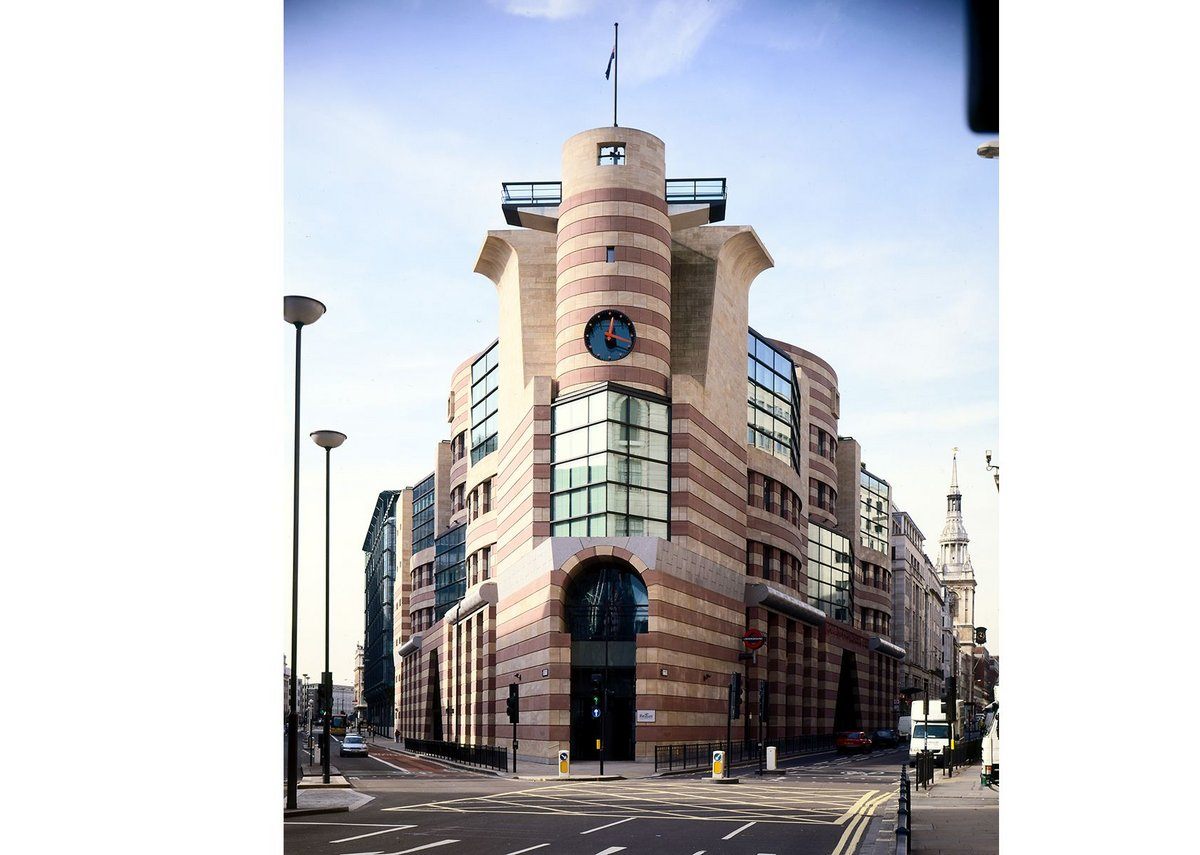 Number One Poultry in the City of London has replaced a building that people had argued should be listed and is now at the centre of a listing debate itself.