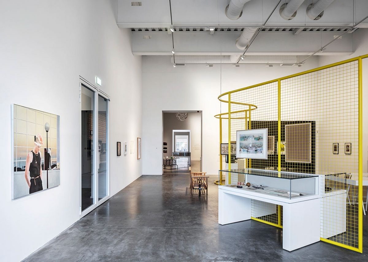 MK Gallery.