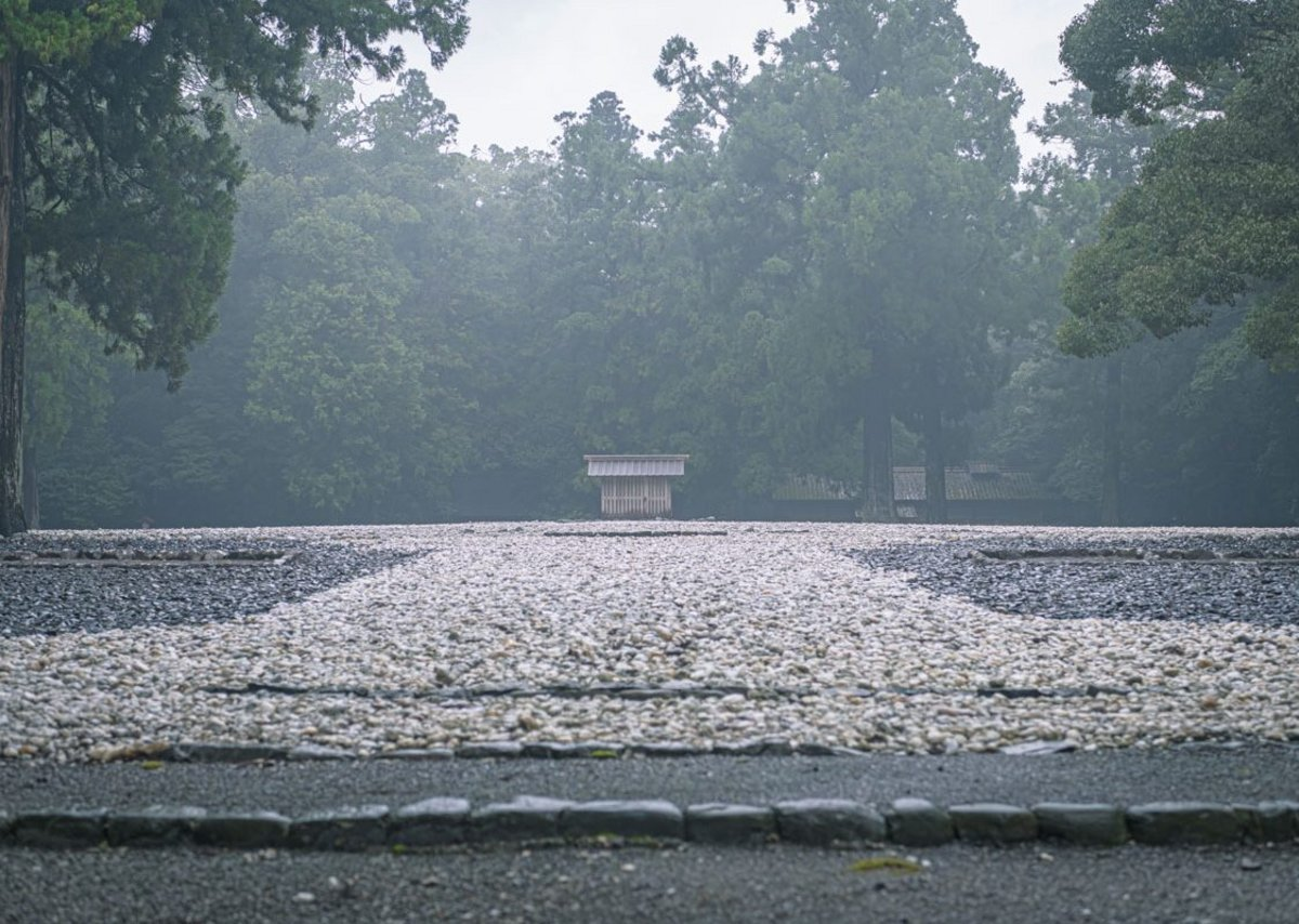 Long term thinking, the Ise Grand Shrine in Japan is rebuilt every 20 years over a 1000 years. This is the Shinto site where the previous divine palace stood and where the next palace will be constructed