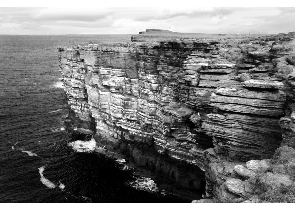 So he took this idea of the stratified cliffs...