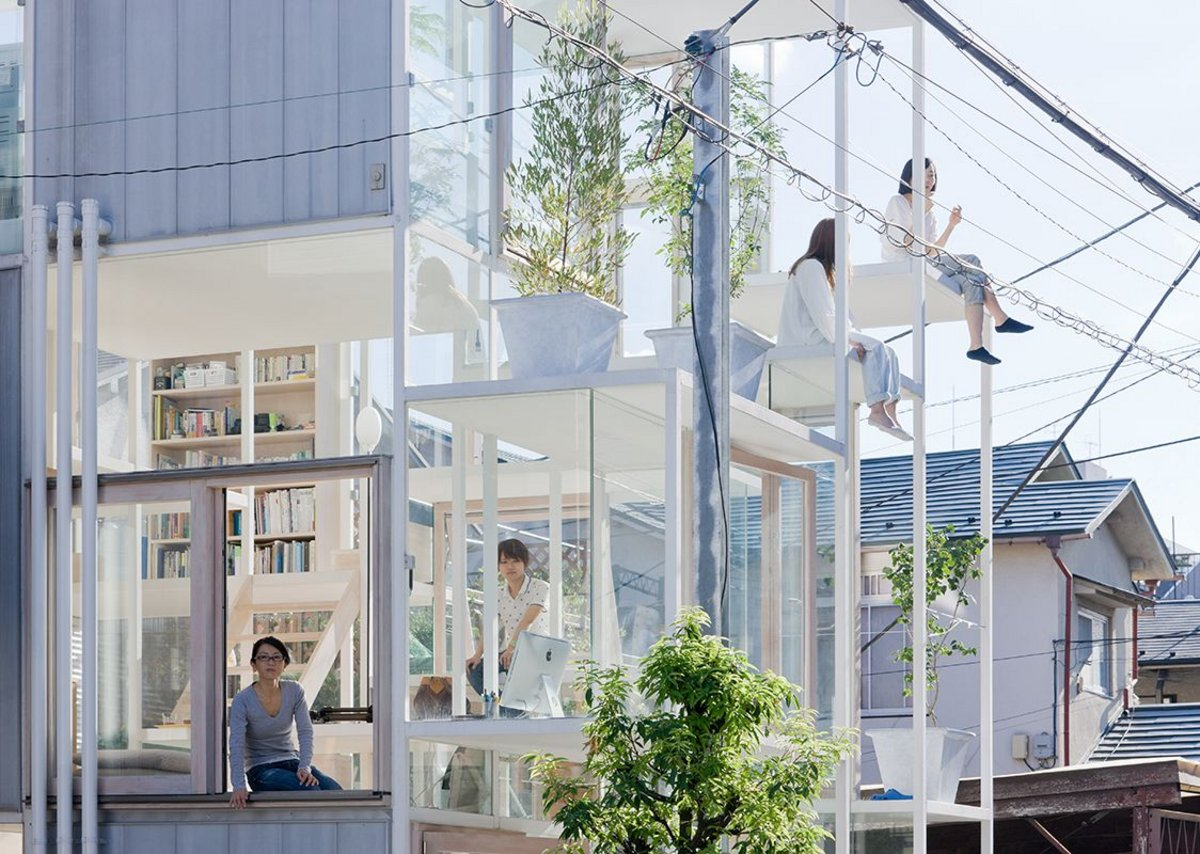 House NA, Tokyo, 2011, designed by Sou Fujimoto Architects as a series of irregularly layered platforms.