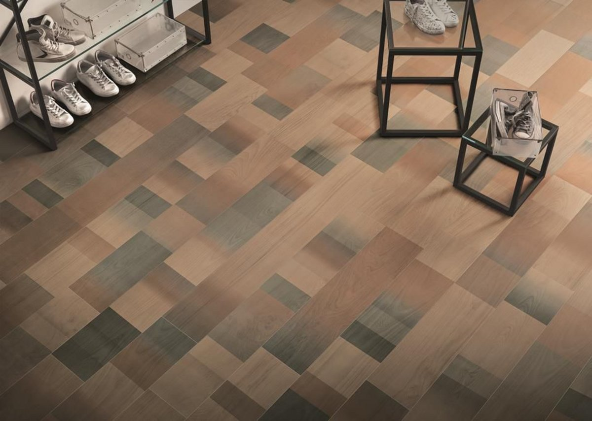 Boutique floor with Fabula Jungle wood effect floor tiles