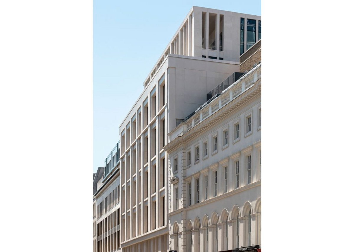 Things get rather grander on the Moorgate elevation with its rooftop loggia.