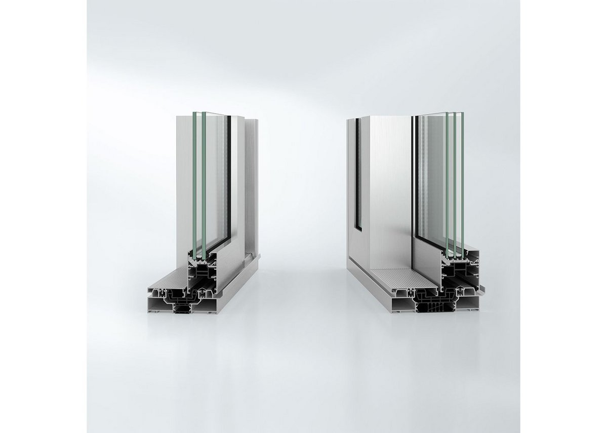 The thickness of the glass can vary across the ASE 60 and 80 sliding door range, from 24mm to 60mm.