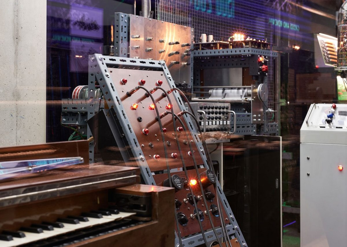 Electronic - From Kraftwerk to the Chemical Brothers, the Design Museum