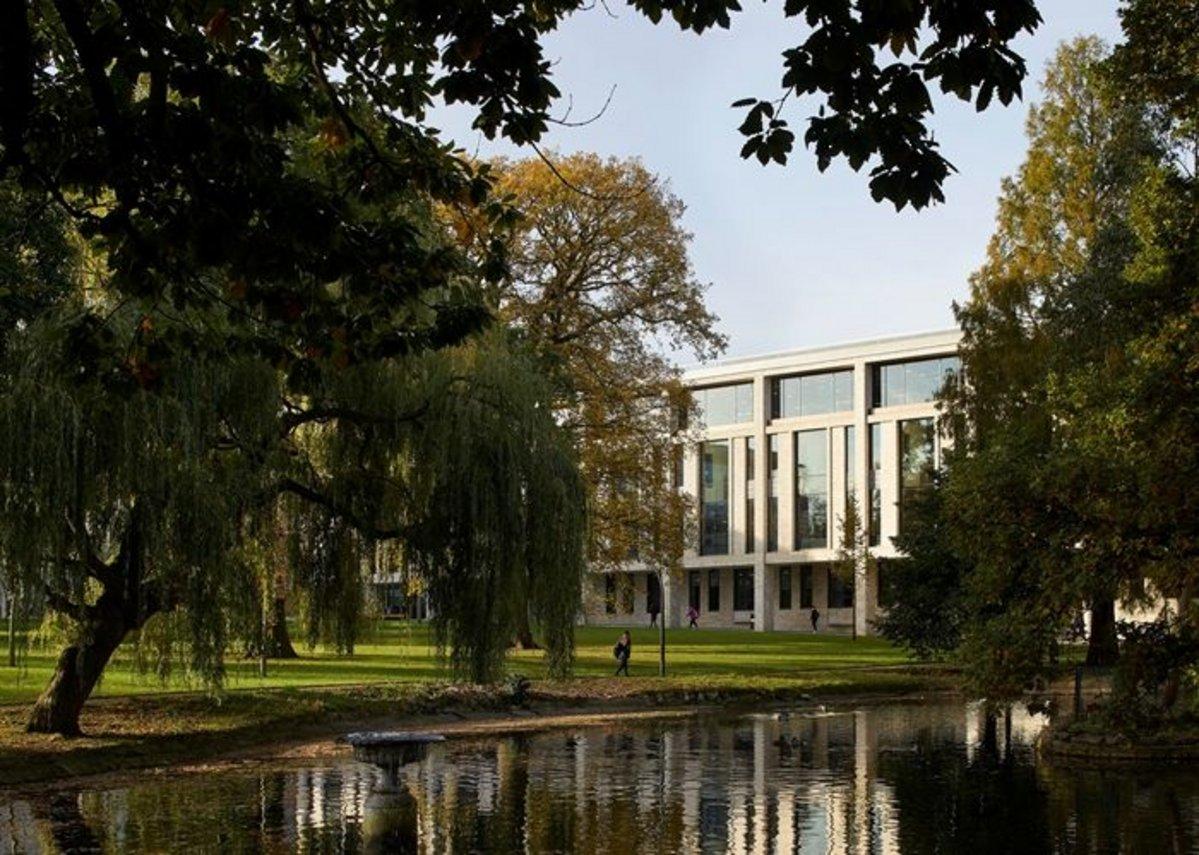 University of Roehampton Library.