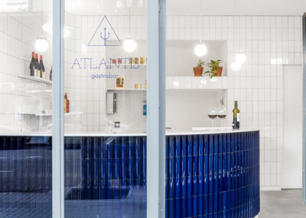 Atlantis Gastrobar in Barcelona by Arantxa Manrique Arquitectes, winner of the Interior Design category.
