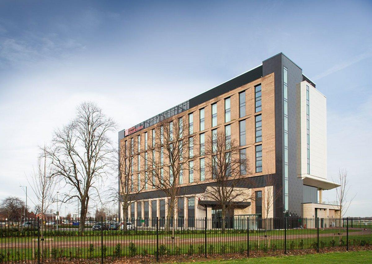 Hilton Garden Inn Hotel has 154 rooms, many with racecourse views.