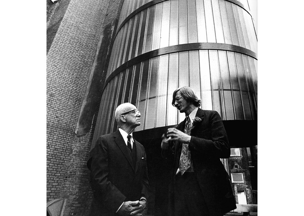 Buckminster Fuller (left) with Grimshaw at the Service Tower for Student Housing in London.