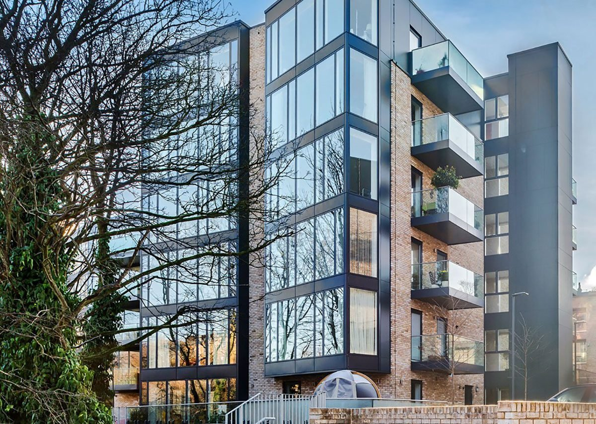 Velfac glazing at Queen Margaret Drive residential development, Glasgow. CDA Group architects.