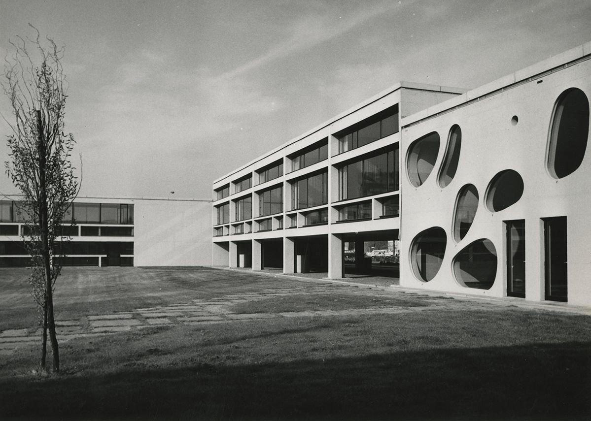 Léon Stynen & Paul De Meyer | Photo of deSingel / Royal Flanders Music Conservatoire, Antwerp, 1968.