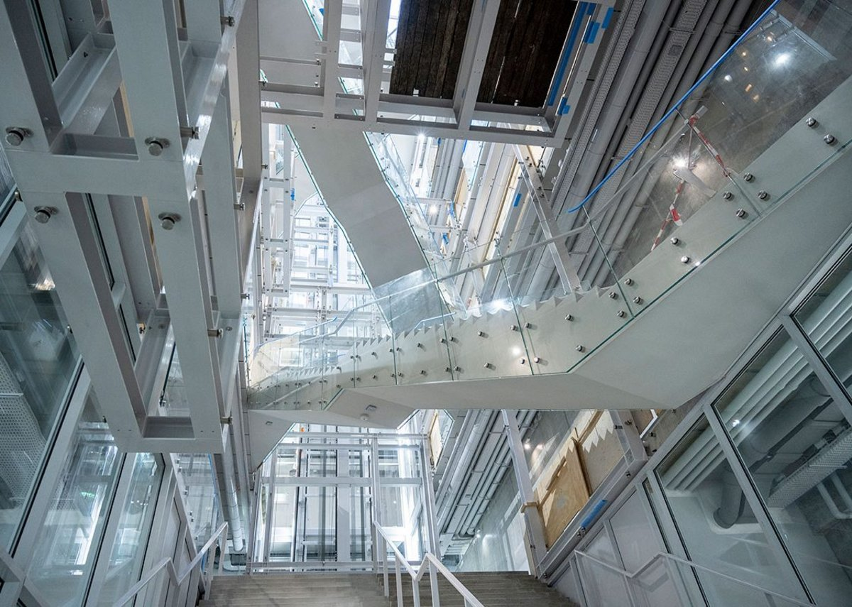 The vast atrium and Piranesi staircase.