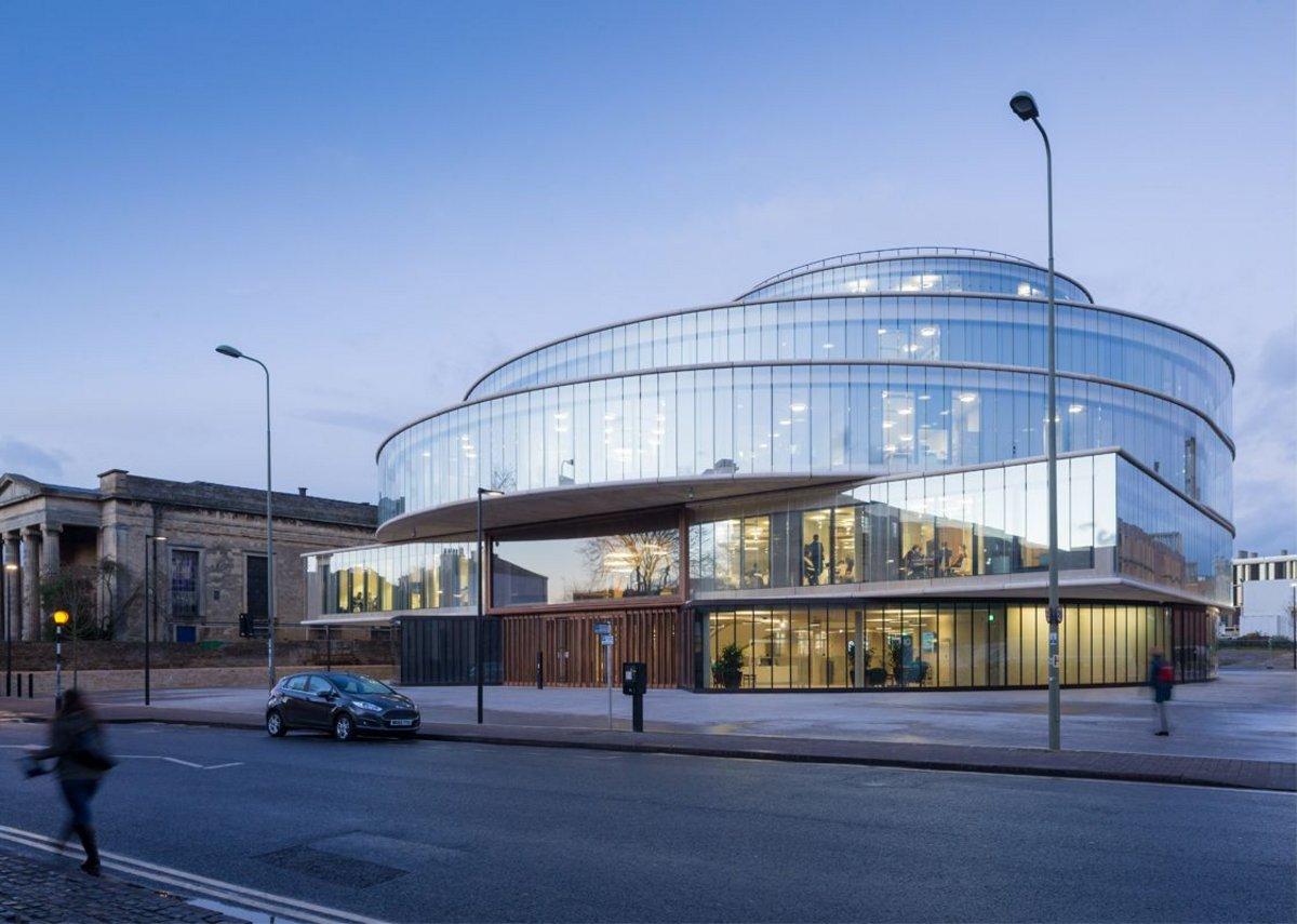 Blavatnik Centre by Herzog & de Meuron.