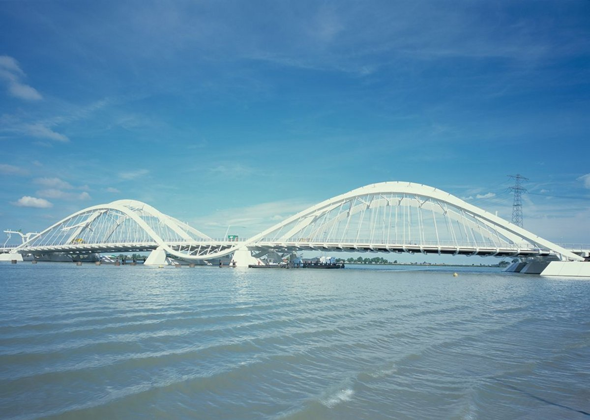 2000: Ijburg Bridges, Amsterdam, The Netherlands.