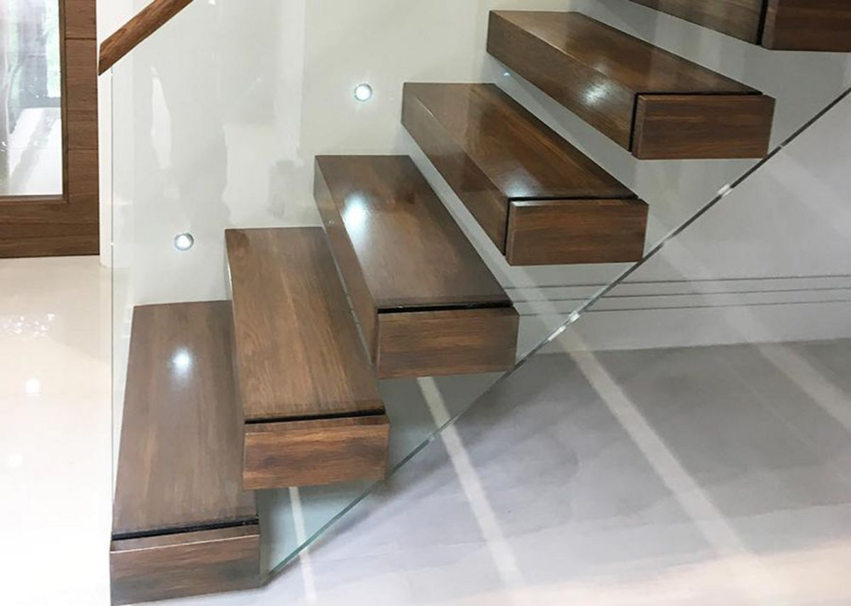 Canal Engineeringu0027s Latest Cantilever Staircase With Walnut Treads And A  Glass Balustrade.