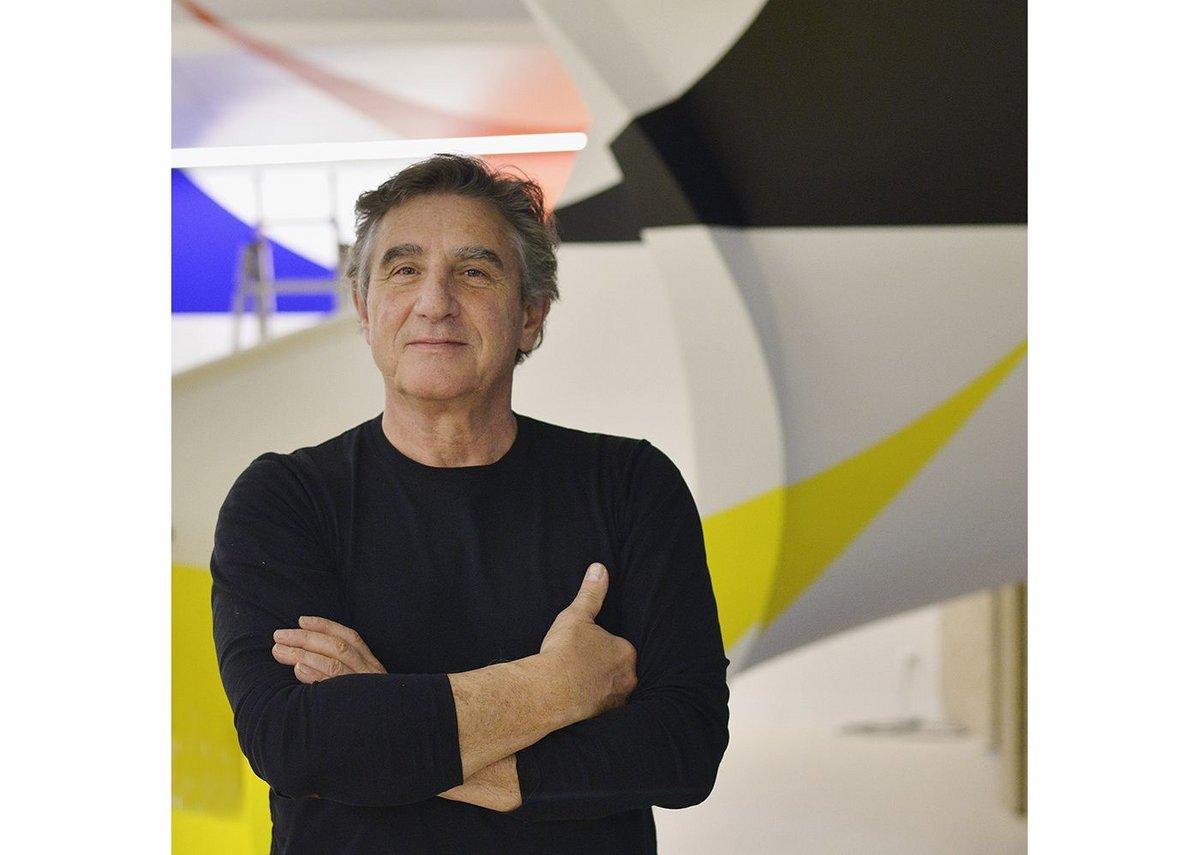The artist - Felice Varini.