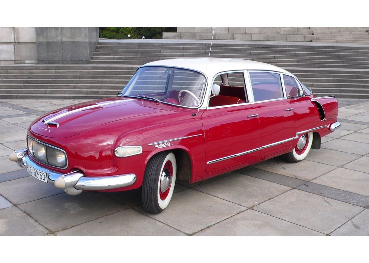 1961 Tatra T603 – as seen in Lemony Snicket. Last of the curvy Tatras.