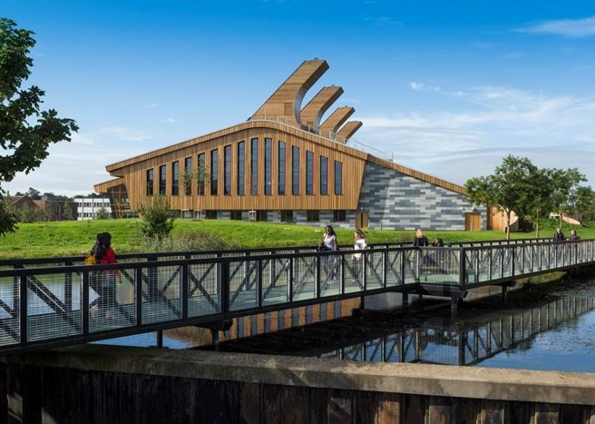 The GlaxoSmithKline Carbon Neutral Laboratories for Sustainable Chemistry, Nottingham.