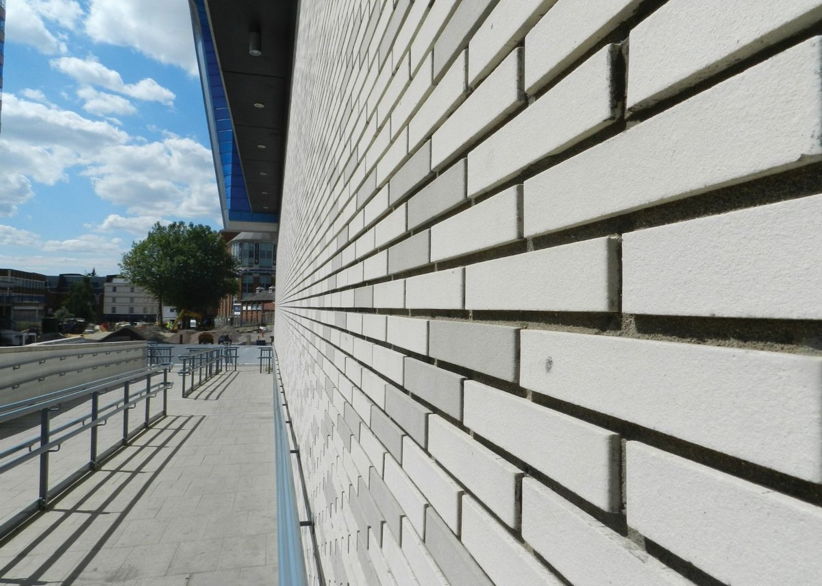 Specialist Brickwork Contractor of The Year: Reading Station, Grimshaw Architects