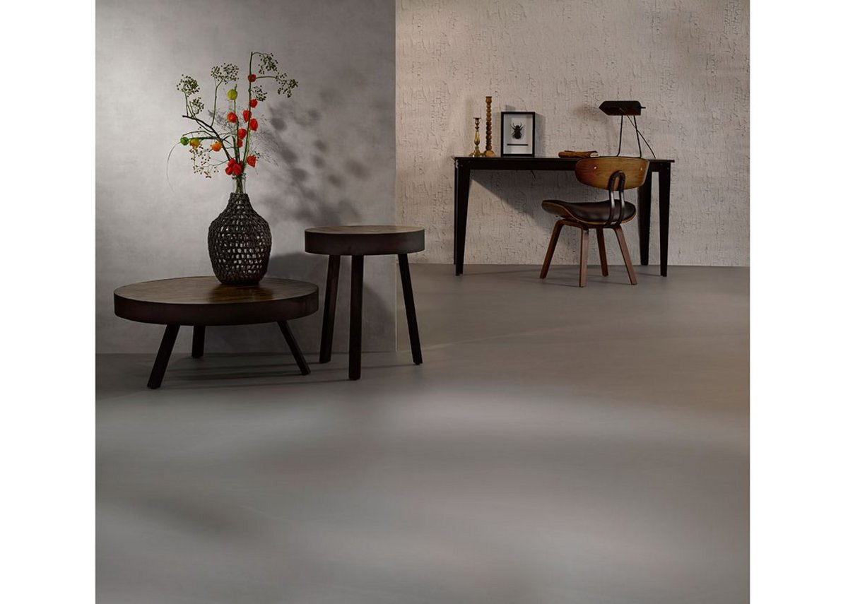 Arturo Concreta cementitious flooring is suitable for retail, home, restaurant, office and showroom spaces and other areas with an equivalent load.