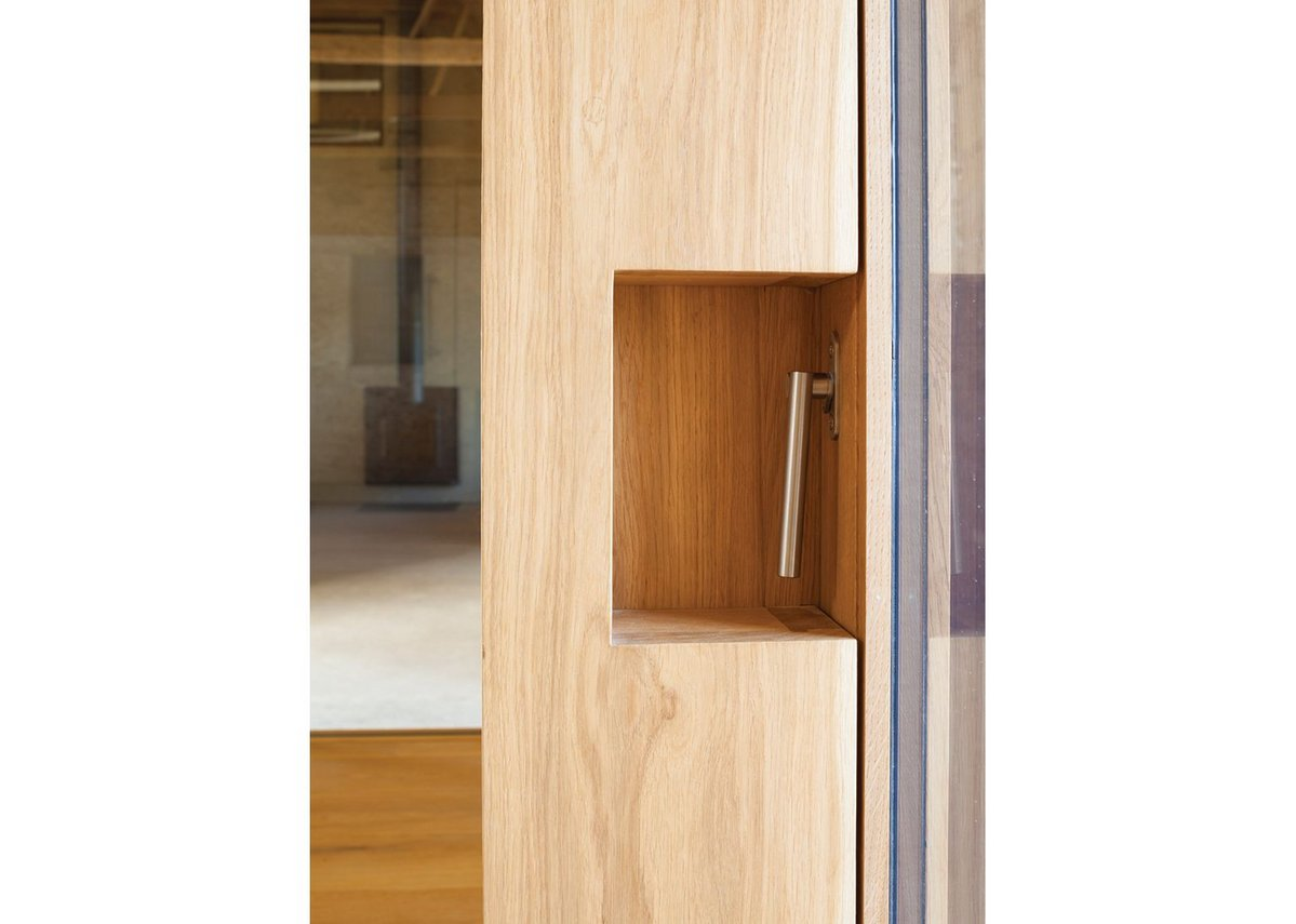 Bespoke details add quality: here the handle to the opening door to the west.
