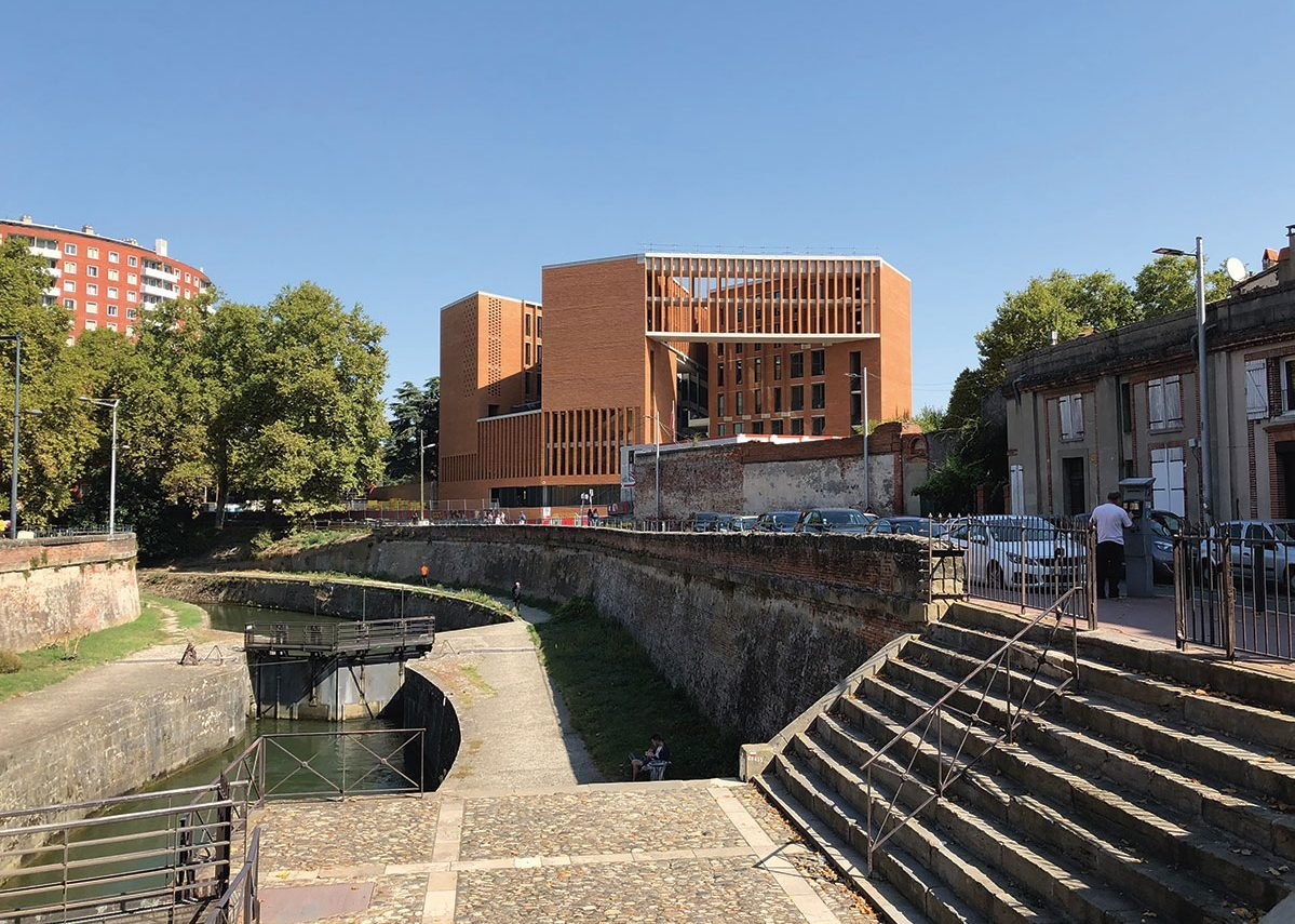 Building as collage: taking the forms of Toulouse to make the School of Economics, Université Toulouse, France (2020).