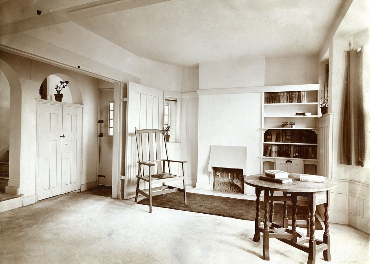 Barry Parker (1867-1947). Photograph: Living room and hallway at Gidea Park, c 1912. Courtesy of the Garden City Collection. From Barry Parker: Architecture for All at the Broadway Gallery in Letchworth.
