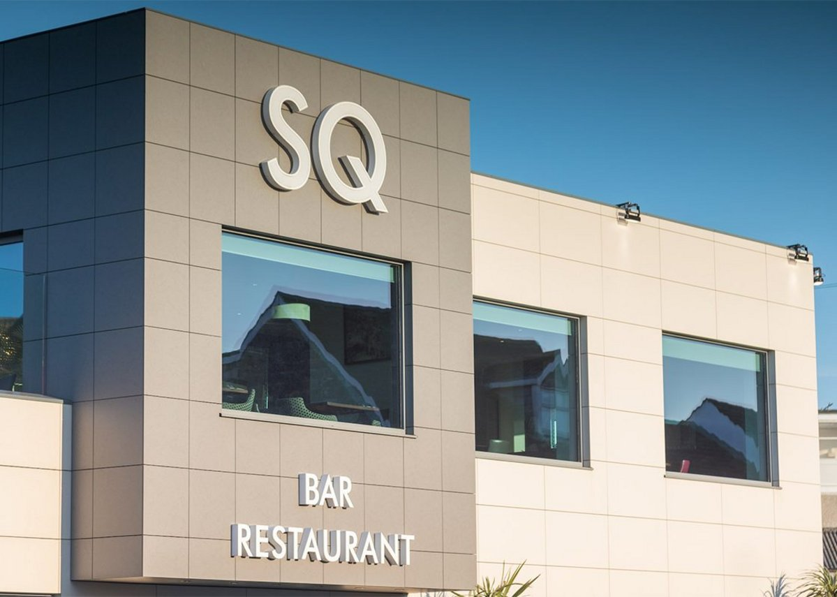 Bonded facade at Squires Restaurant & Bar, Braunton, Devon: Porcelanosa bonded facades help to strengthen the main structures of a building.