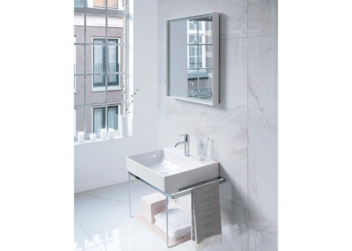 Flexible, height-adjustable chrome console with optional towel holder gives a cool finish to the DuraSquare washbasin