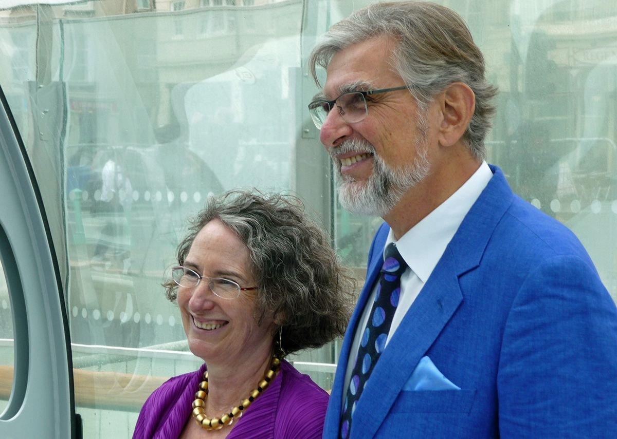 David Marks and Julia Barfield