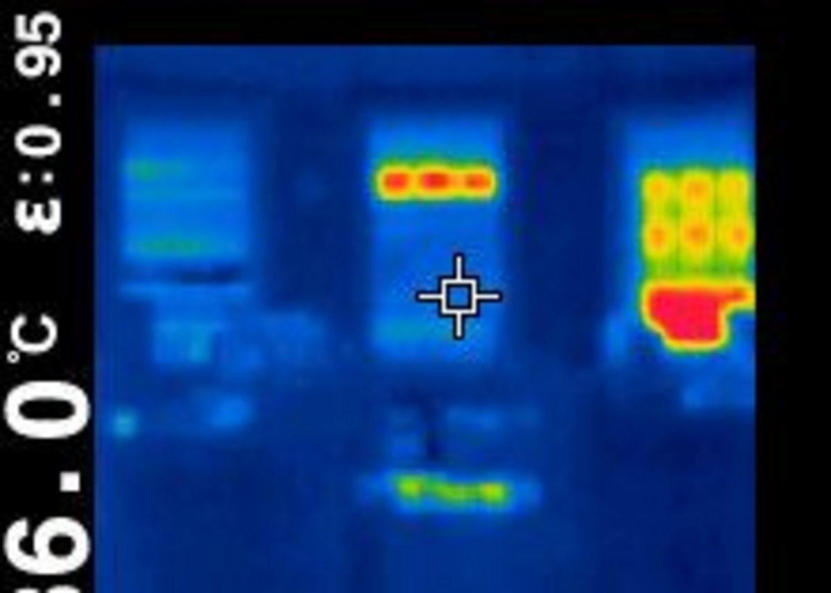 AA blinds as a thermal image.