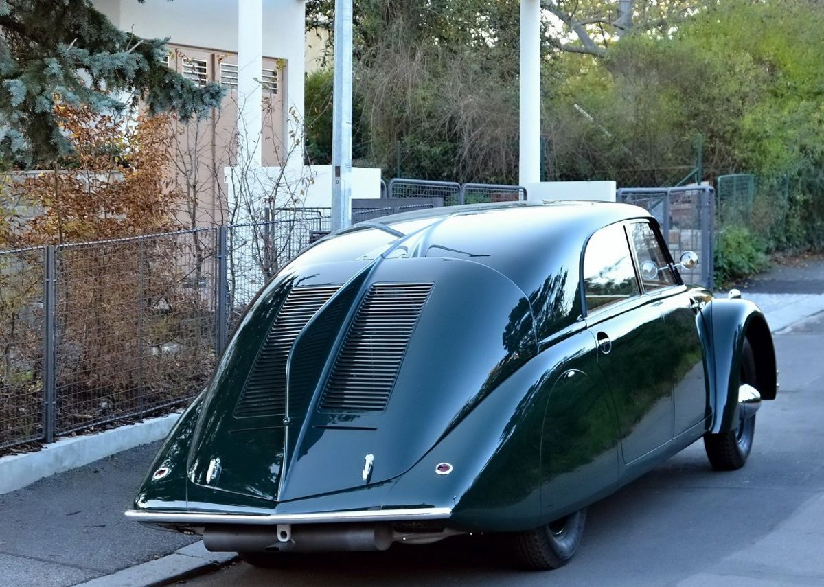 1936 Tatra T77 at Josef Gocar's Villa Glucklich outside Prague, photographed in 2014.