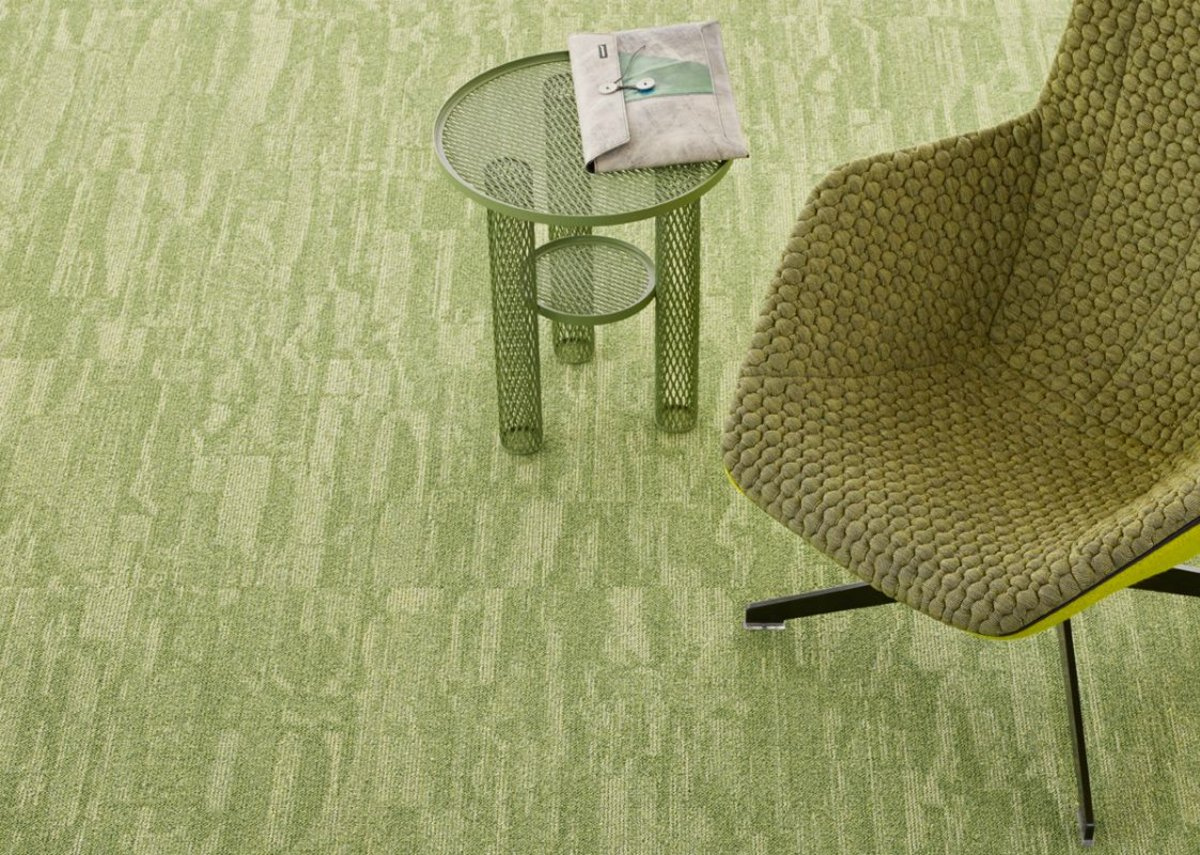 Desso Harvest is offered in three organic accent colours and nine neutral grey and beige tones.