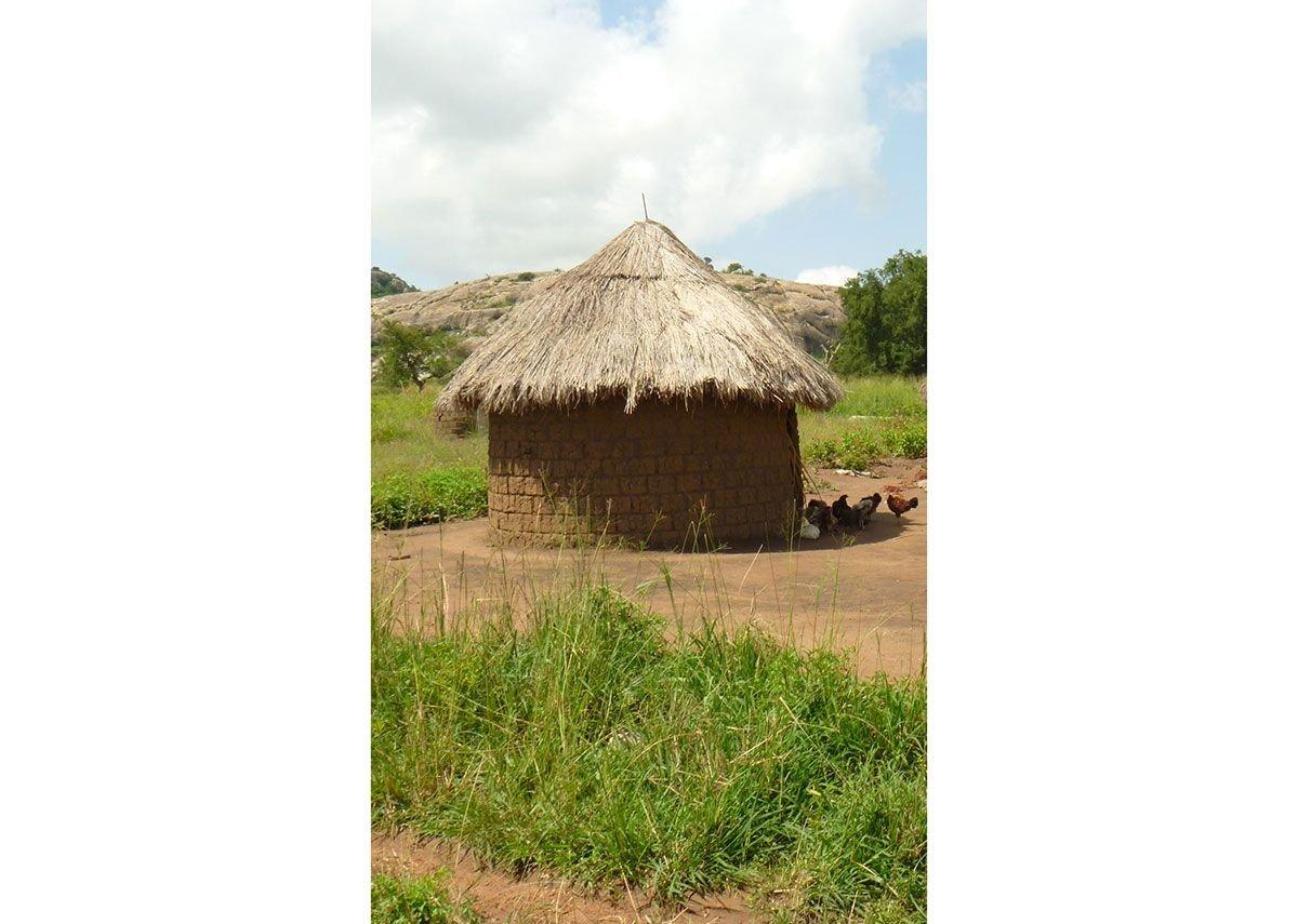 A hut near Kumi, Uganda
