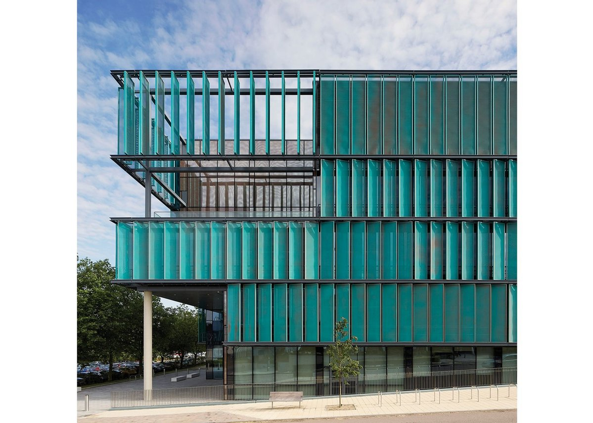 Sheppard Robson's new science building for the University of Hertfordshire.