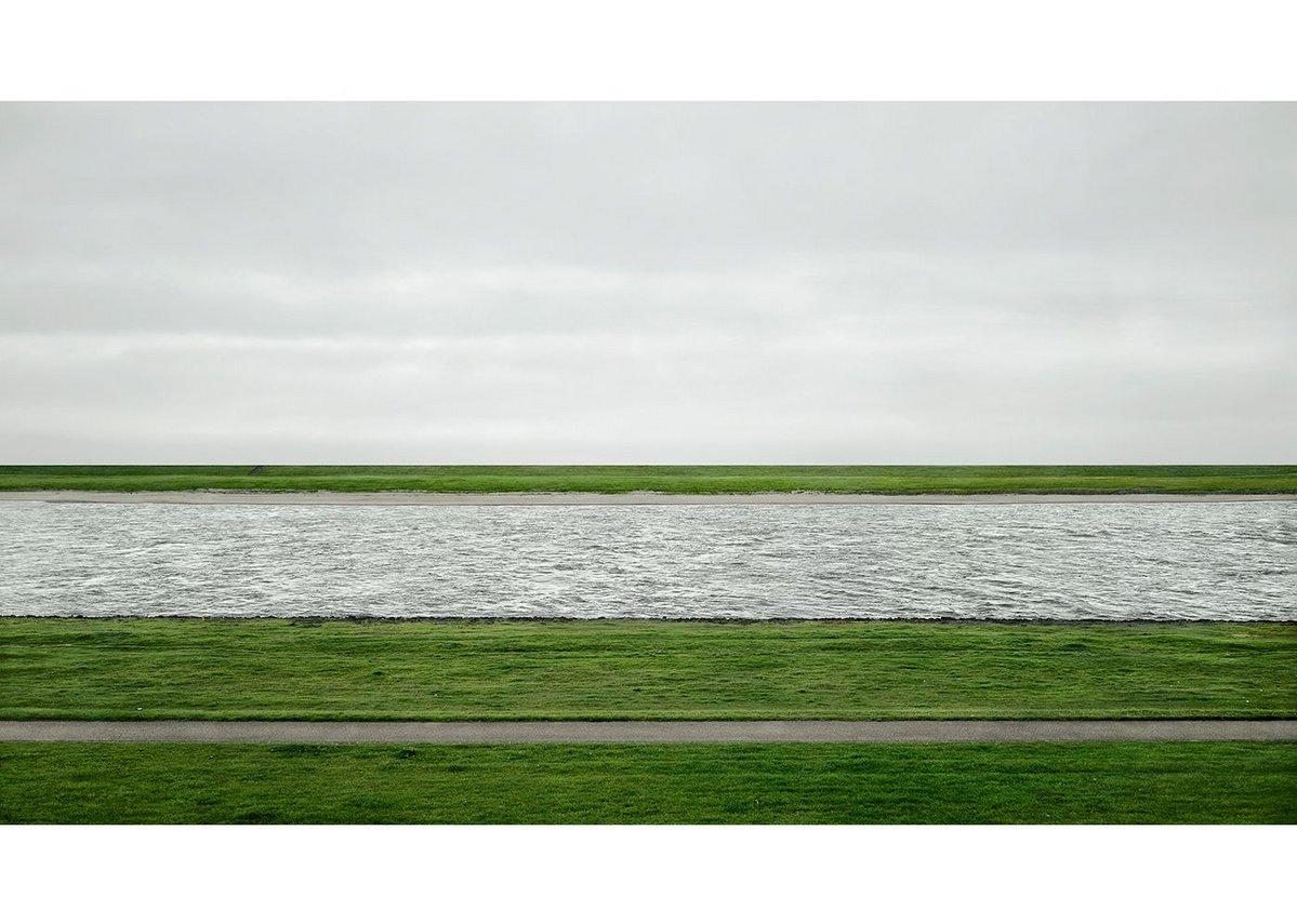 Andreas Gursky Rhine II, 1999/2015 Inkjet-Print 237.8 x 407.8 x 6.2 cm