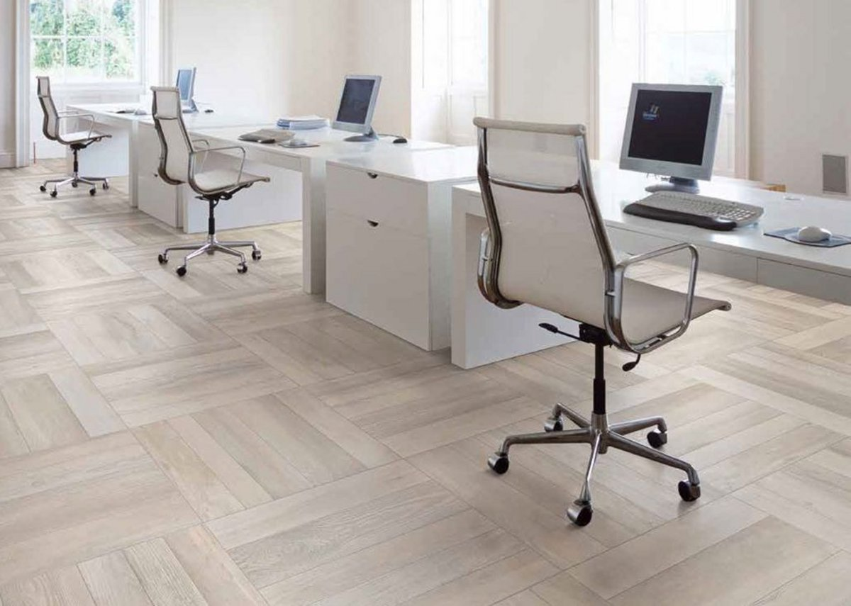 Arbortek Interior 10mm porcelain tiles - an ultra-realistic range that incorporates the natural irregularities of wood into its design.