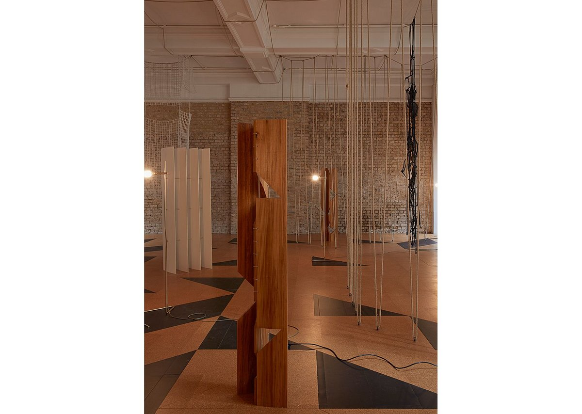 Leonor Antunes: The Frisson of the Togetherness at the Whitechapel Gallery. The hanging and standing elements help guide the viewer through the gallery.