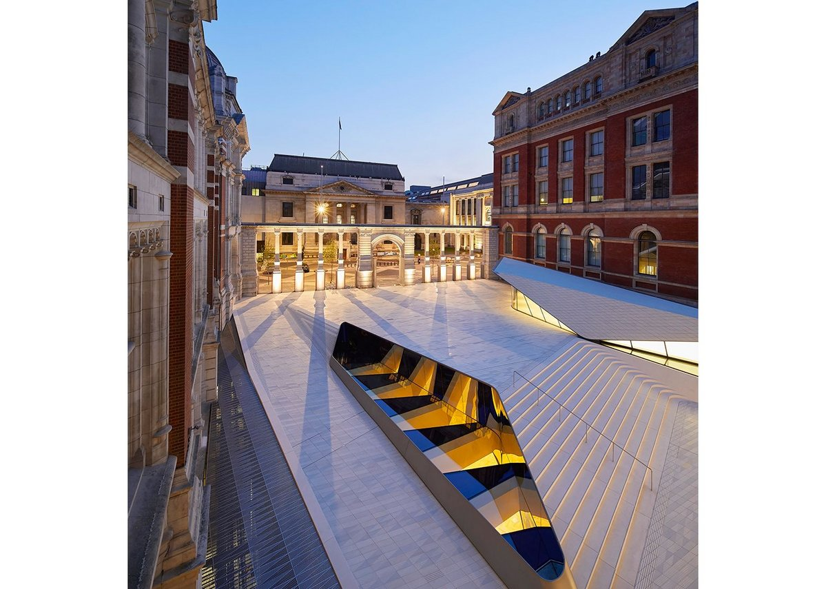 The tiled floor of  the Sackler Courtyard is roof to the gallery below and contains the 'Oculus' rooflight.