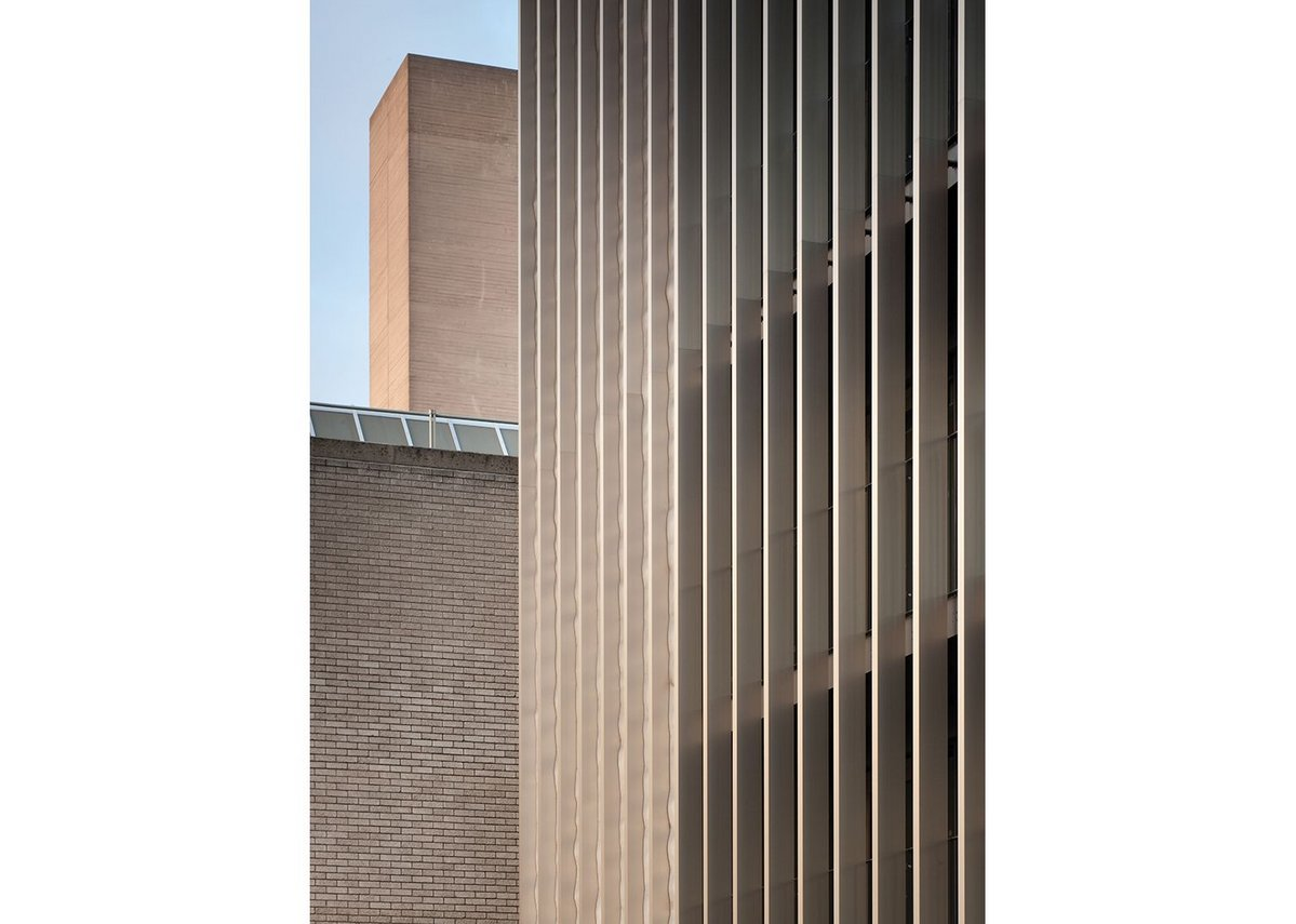 Aluminium brick and concrete: the NT's palette of materials is adhered to.