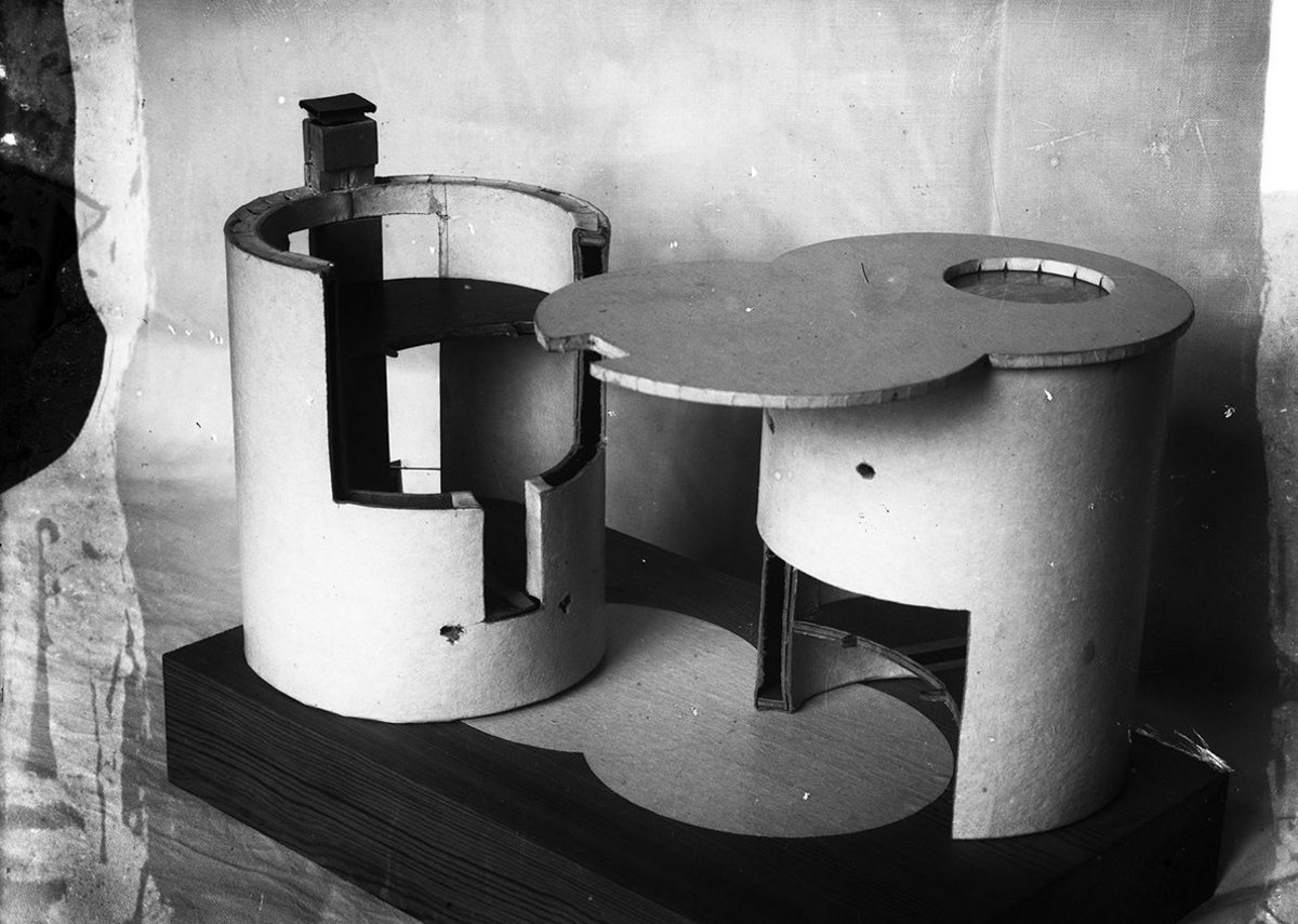 Model of the Melnikov House presented by Konstantin Melnikov for approval of the project, 1927.