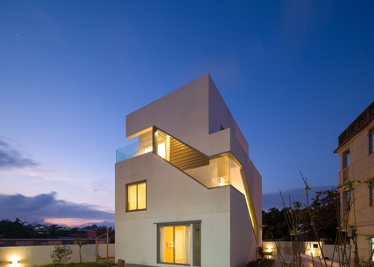 Vice Versa houses.