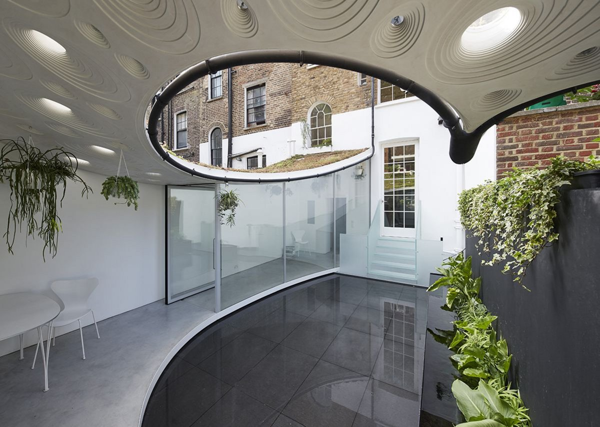 Storrar helmed Tonkin Liu's acclaimed Sun Rain Rooms project in London.