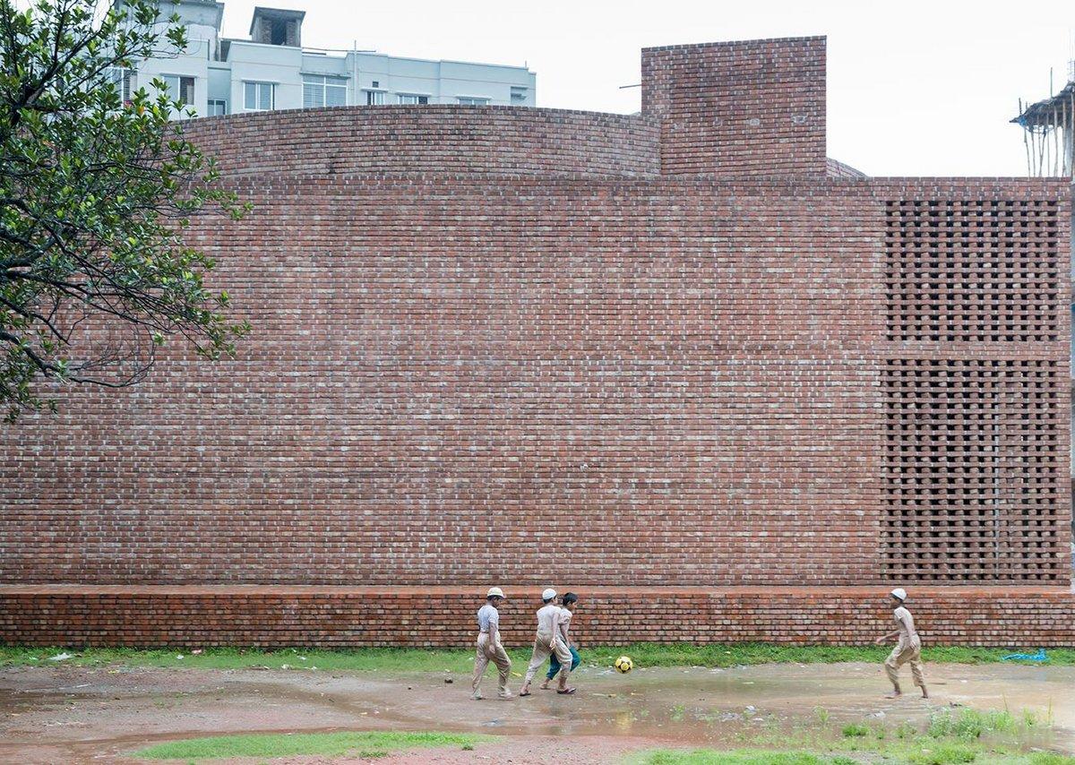Bait Ur Rouf Mosque Faydabad, Dhaka. Architect: MTA / Marina Tabassum Architects.