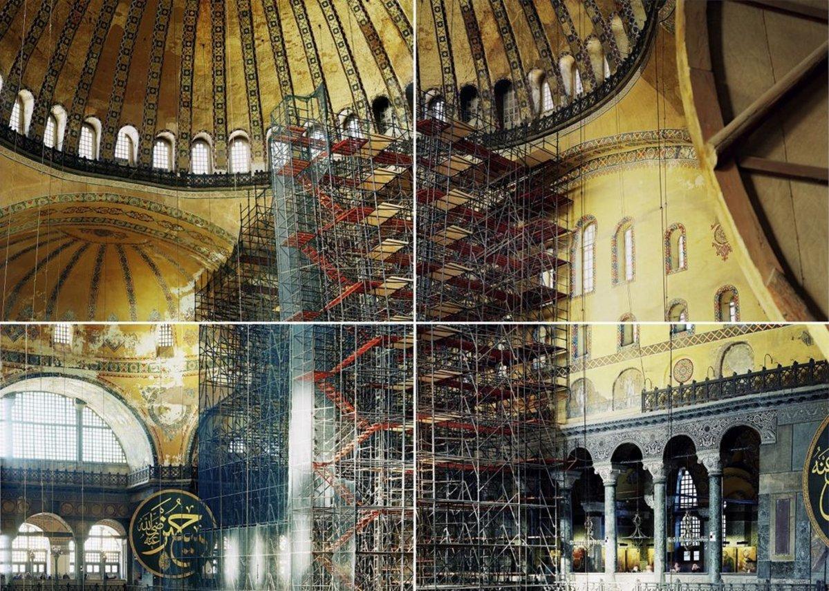 Hagia Sophia (537) by Ola Kolehmainen.
