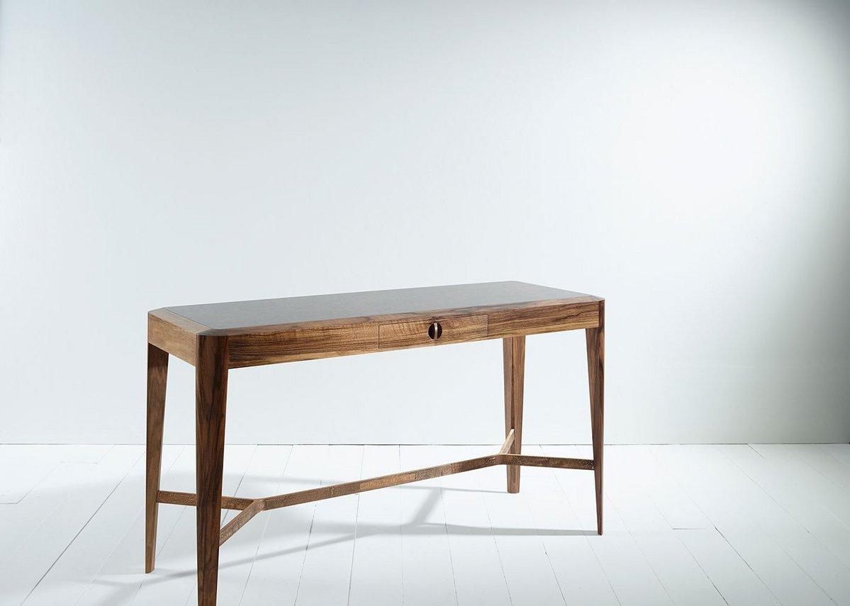 Harrison table, Shawstephens. Timber: Solid English walnut, English walnut burr veneer.