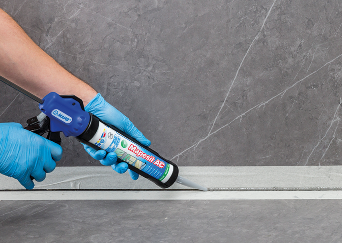 Mapesil AC can be used for sealing joints in wall and floor coverings of ceramic and cement, provided they are not subject to heavy abrasion.
