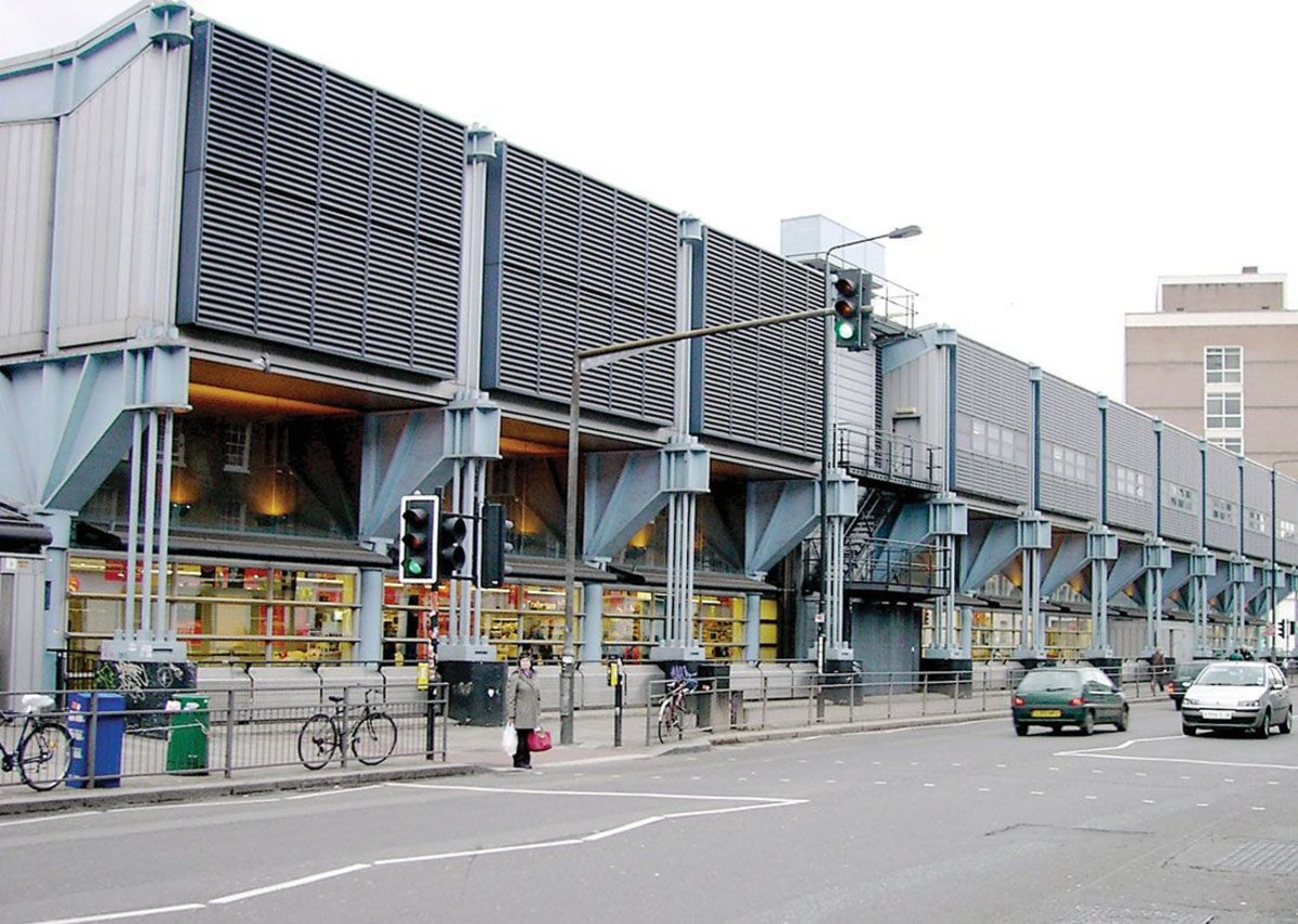 1986 - 1988: Sainsbury's Superstore, London, UK.