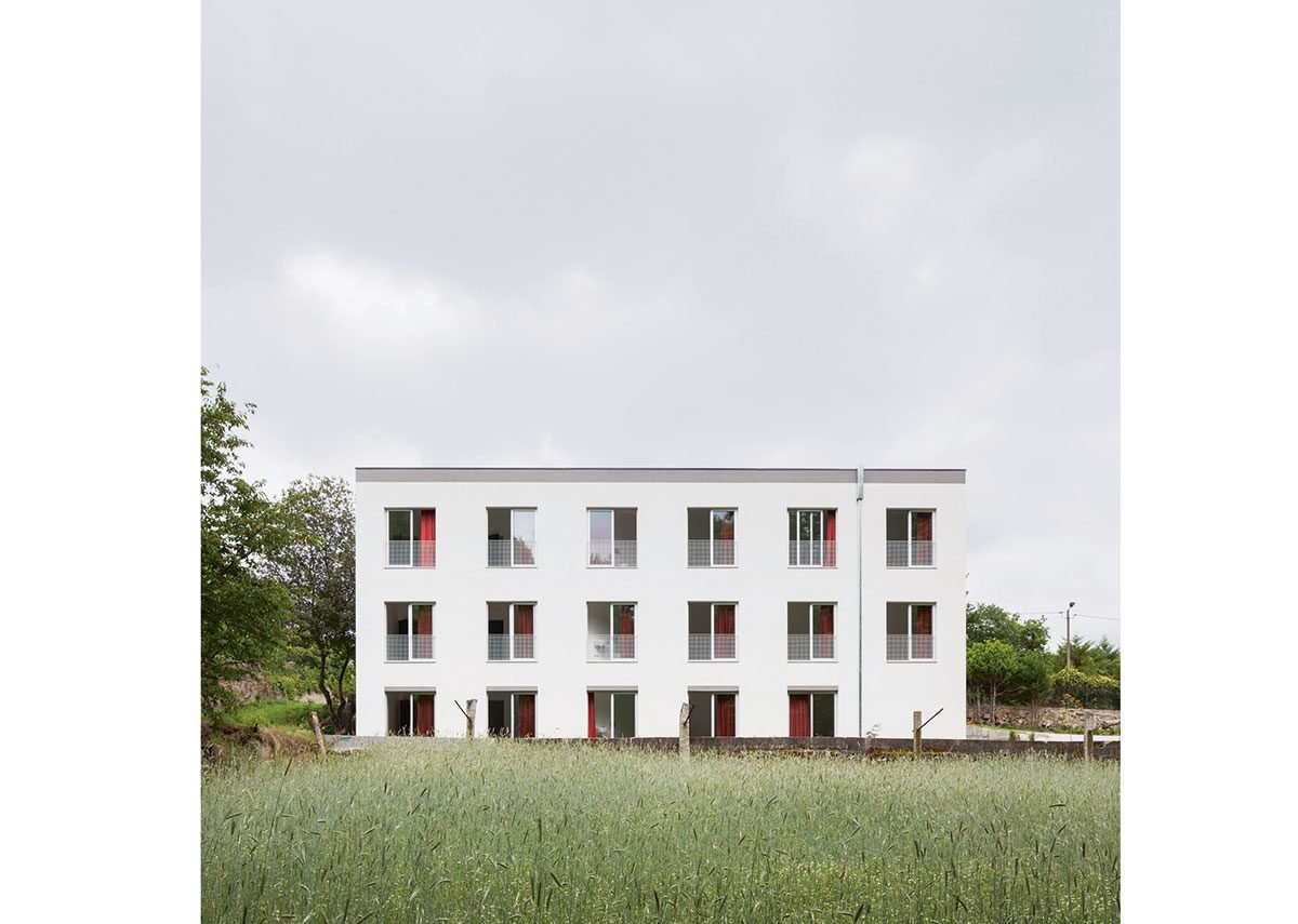 Project 052 is a former factory converted into apartments by insulating externally and finding a common grid with few exceptions to the floorplans. Adopting a military strategy of only one type of door, window, balustrade etc, it was completed for €250/m2.