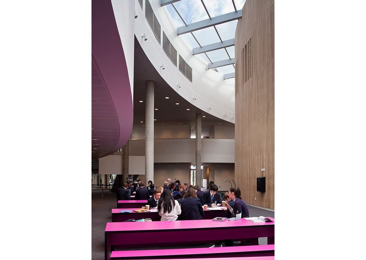 Passmores Academy, Harlow – central space used for incidental group learning.